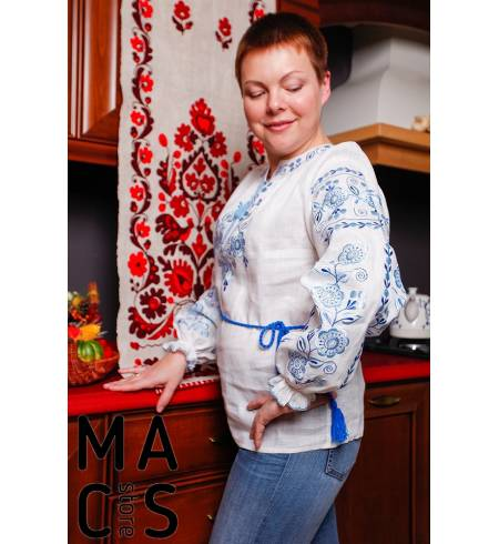 Женская вышиванка белая